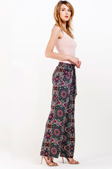 Свободные брюки из штапеля Sheldi