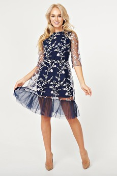 Платье с вышивкой на сетке Paola Rossi со скидкой